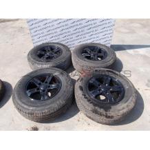Комплект джанти с гуми за Kia Sorento 16