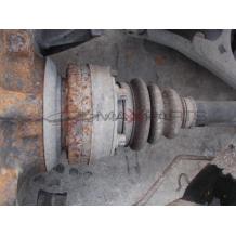 Лява полуоска за BMW E82 118D left driveshaft
