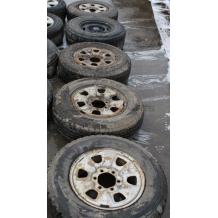 Стоманени джанти и гуми за TOYOTA HILUX   235/75R15