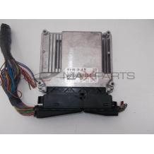 Компютър за MERCEDES BENZ C-CLASS W203 2.2CDI ENGINE ECU A6461501079 0281011741