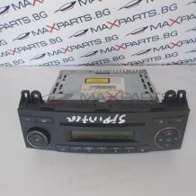 Радио CD player за Mercedes Benz Sprinter W906 A9068201186 A0048203986
