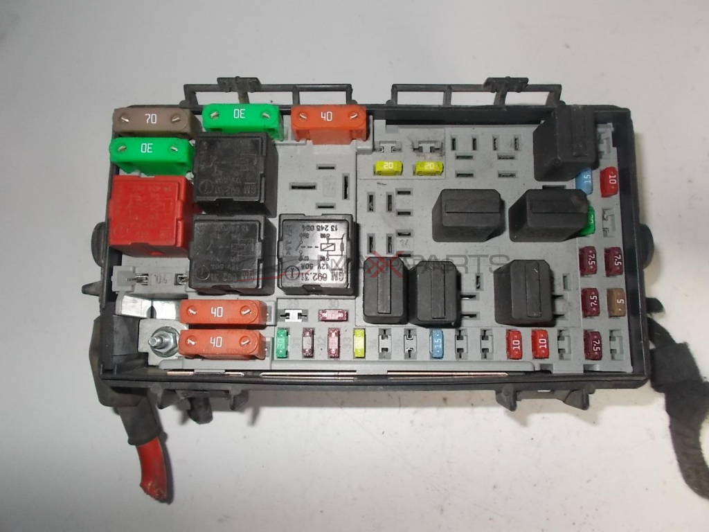Fuse Box On A Corsa B : Opel corsa d fuse box wiring library