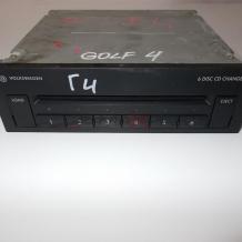 GOLF 4 - 6 DISC CD CHANGER   3B7035110