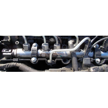 Горивна рейка за BMW E90 320D FUEL RAIL 0445214183 780912803