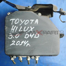 ABS модул за TOYOTA HILUX 3.0 D4D ABS PUMP 1330002710  8954171250  4454071260