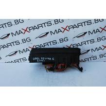 Бушонно табло за OPEL VEKTRA  C    GM13 170 899    PA6-GF10-GB20