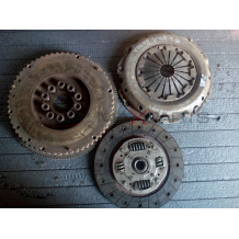 VOLVO V40 1.6 I Clutch kit