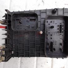 Бушонно табло за VW GOLF 5 1K0937124H  Fuse Box 1K0 937 124 H