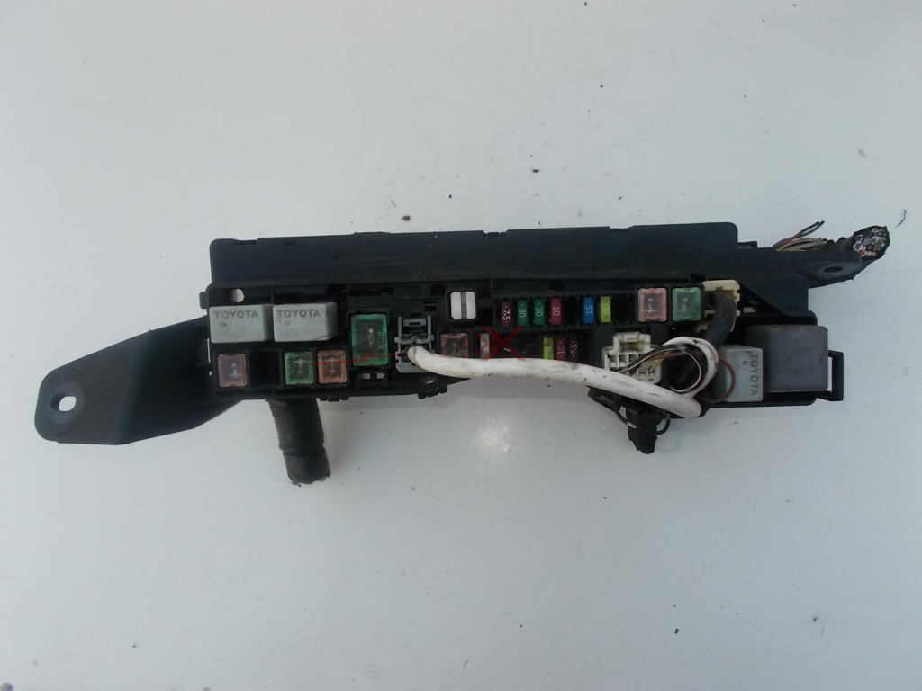 Toyota Avensis Fuse Box In