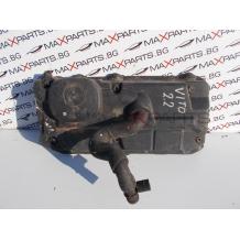Капак клапани за Mercedes Benz Vito W638 2.2CDI Engine Rocker Cover