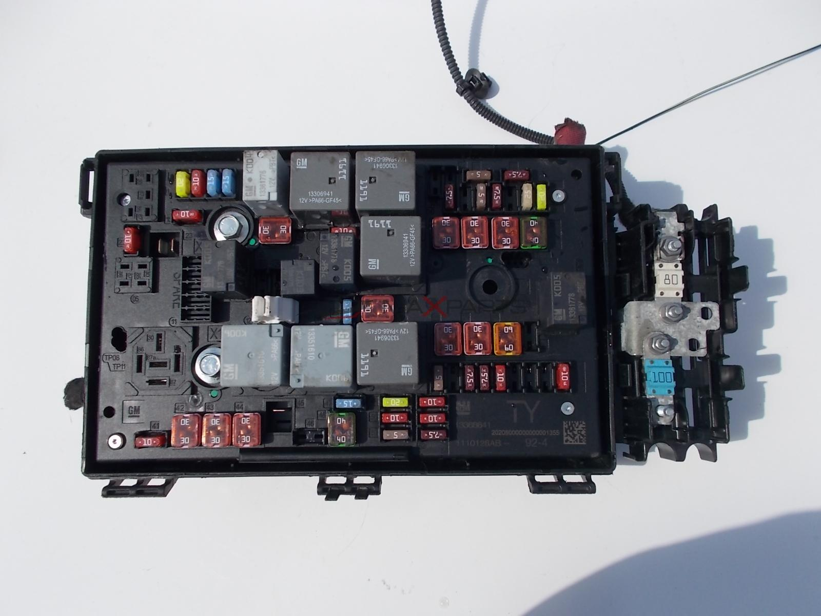Fuse Box Astra Gsi | Wiring Diagram Astra Gsi Fuse Box Location on kadett gsi, corsa gsi, opel gsi, omega gsi, vectra gsi, cavalier gsi,