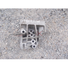 Лапа за LAND ROVER FREELANDER 2.2HDI ENGINE MOUNT