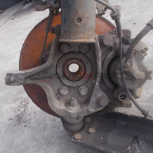 Преден ляв шенкел за RENAULT LAGUNA 2.0DCI FRONT LEFT STEERING KNUCKLE