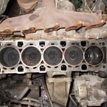 Блок, колянов вал, бутала за LAND ROVER DISCOVERY TD5  ENGINE BLOCK + CRANKSHAFT + PISTONS