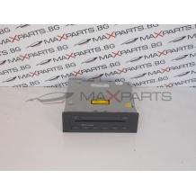 CD CHANGER за Skoda Octavia 1Z0035111A