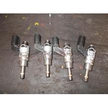 4бр. дюзи за VW GOLF 5 1.4 FSI FUEL INJECTOR 03C906036A  0261500016
